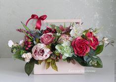 """Купить Интерьерная композиция """"Короб с цветами"""". Цветочная композиция. - бордовый, интерьерная композиция, декор интерьера, цветы, красота, букет"""