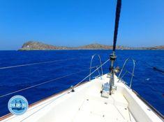 Segeln in Kreta - Zorbas Island apartments in Kokkini Hani, Crete Greece 2020 Heraklion, Sailing Holidays, Crete Greece, Patio, Island, Outdoor Decor, Sailing, Terrace, Porch