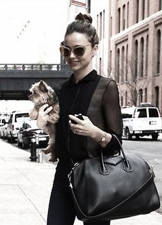 I love the easieness of this outfit...plus love the pooch