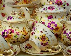 Zsolnay porcelain from Hungary pillangos print. I have the dessert set, now if only I had the tea set. Vintage Tableware, Vintage Crockery, Teapots And Cups, My Cup Of Tea, Coffee Set, Vintage China, High Tea, Cup And Saucer, Tea Time