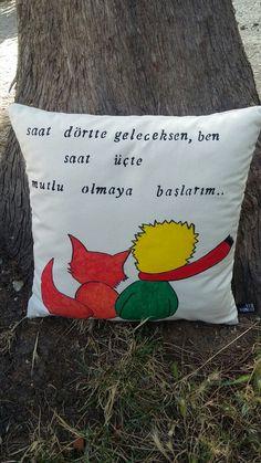 Dekoratif küçük prens yastık
