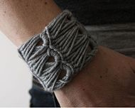 boomstick stitch. I would dig this as a bracelet.