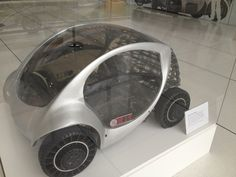 The first fully functional (half scale) electromechanical CityCar prototype by MIT Media Lab. Its core functions are: Folding (yes! It folds!), robot wheels, omnidirectional turning, drive by wire...Amazing!