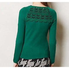 """Sparrow Crochet Back Cardigan Excellent condition. Minor wash wear. Minor pilling under the arms. Really pretty Sparrow """"Arden"""" cardigan from Anthropologie. Nice solid green color. Beautiful crochet lace detail on the top of the back. Buttons up the front to a scoop neck. The buttons have a raised floral detail on them. Super soft fabric with a small amount of cashmere. Size large. +All offers welcome Anthropologie Sweaters Cardigans"""