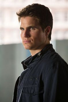 Robbie Amell in The Tomorrow People (2013)