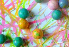 Put a sweet twist on action painting for kids with this easy painting activity. Painting Activities, Science Activities For Kids, Steam Activities, Preschool Art, Science Experiments, Action Painting, Painting For Kids, Art For Kids, Projects For Kids