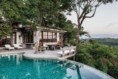 Casa Cajueiro amazes with views of the Trancoso Jungle | The Mansionist Brazil Houses, Holland, Manhattan Apartment, Brazil Travel, International Style, Ceiling Windows, Brutalist, Best Interior, Interior Design