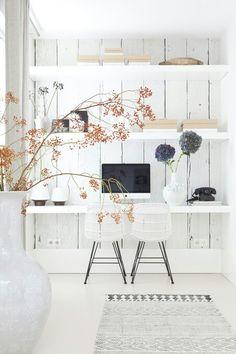 Behang in combinatie met planken