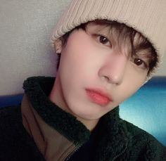 Image discovered by Ichikawa tsubaki. Find images and videos about cute, boy and beauty on We Heart It - the app to get lost in what you love. Jung So Min, Asian Actors, Korean Actors, Queen Of The Ring, Ahn Hyo Seop, Romantic Doctor, Joo Hyuk, Hyung Sik, Kdrama Actors