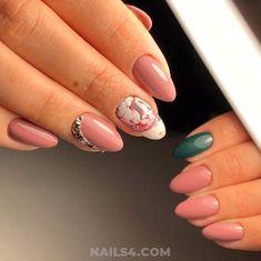 Beautiful French Nail Art Designs For You / Elegant And Incredibly Acrylic Manicure Design Ideas French Nail Designs, Nail Art Designs, French Nails, Nailart, Gel Tips, Best Fails, Polka Dot Nails, Polka Dots, Nail Ring