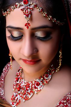 Indian traditional bridal look done by me for a photoshoot Bridal Makeup, Wedding Makeup, Lips Photo, Makeup Obsession, Pretty Makeup, Bridal Looks, Hair And Nails, Headpiece, Eye Makeup
