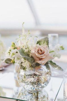 38 Beautiful Ways To Use Mirrors For Wedding Decor | HappyWedd.com