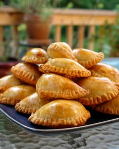 Recipes for empanadas mendocinas Not sure about the beef filling recipe but the dough recipe looks great.