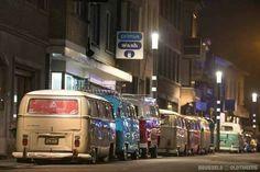 … v … - Motor Vehicles Volkswagen Transporter, Volkswagen Bus, Vw T1, Route 66, Combi T1, Vw Kombi Van, Vw Camping, Cool Campers, Old Classic Cars