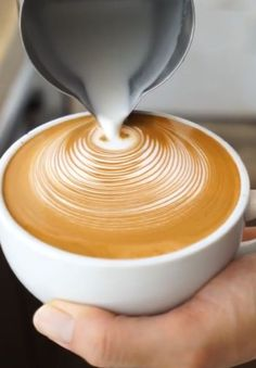 Latte Art – the art of pouring a perfect latte #Coffeeideas