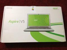 """Acer Aspire V5-571-6806 15.6"""" LAPTOP(Core i5-3317U,6GB RAM,750GB HDD, Windows 8, 802.11a/g/n,webcam) Silver"""