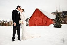 Love Winter Weddings! <3