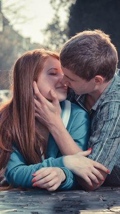 Download Wallpaper 1080x1920 Boy Girl Kissing Love Road City