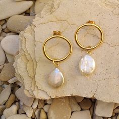 Modern pearl earrings Gold plated Real pearls
