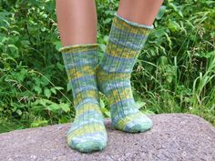 Green and yellow wool socks. Jojoba oil and aloe by SoxnSuch