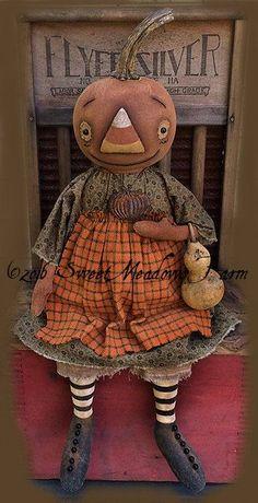 Primitive Cornelia Fall Pumpkin doll Epattern by SweetMeadowsFarm This is my newest pattern design, Cornelia Pumpkin Doll. She measures about 21 Primitive Fall Crafts, Primitive Scarecrows, Primitive Halloween Decor, Primitive Autumn, Primitive Pumpkin, Primitive Christmas, Primitive Decor, Country Christmas, Christmas Christmas