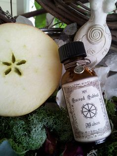 Mabon Ritual Oil..Huge 1oz bottle..Autumn by MoonGoddessMagick, $8.88
