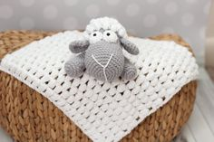 PDF Lamb Security Blanket  crochet pattern door KarapoozCrochet