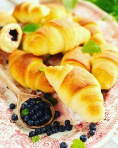 Rogaliki trzyskładnikowe Tortellini, Fruit Salad, Baking, Ethnic Recipes, Food, Fruit Salads, Bakken, Essen, Meals