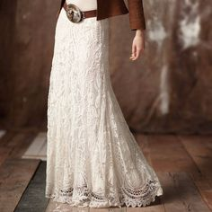 love this western lace maxi skirt - wide western belt - denim jacket - custom boots. Gypsy Style, Bohemian Style, Boho Chic, My Style, Vintage Bohemian, Hippie Chic, Vintage Lace, Mode Hippie, Mode Boho
