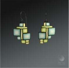 Bettina Welker, Art Deco earrings. Tutorial available on craftartedu.com