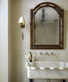 Bathroom Showrooms, Bathroom Interior, Bathroom Sinks, Washroom, Master Bathroom, Apartment Interior, Bathroom Ideas, Home Renovation, Emma Grant