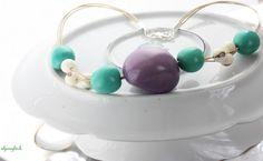 ♥ Naturkette von alpenglück ♥    ♥ an einem Baumwollband habe ich eingefärbte Natursamen angebracht    ♥ in der Mitte befindet sich die größte Perle i