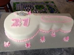 Key shaped cake 21st