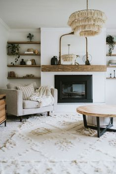 Top Ten Places To Find Discounted Decor - Jessica Sara Morris Home Living Room, Living Room Designs, Living Room White Walls, Neutral Living Rooms, Earthy Living Room, Scandi Living Room, Living Room Chairs, Best Living Room Design, Living Room Styles