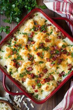 This gratin uses cauliflower instead of potato, and it totally works, allowing the cheddar flavor to really shine. Rich and creamy, this cheesy side dish is a Side Dish Recipes, Veggie Recipes, Cooking Recipes, Healthy Recipes, Healthy Options, Healthy Meals, Cauliflower Gratin, Cauliflower Recipes, Cheesy Cauliflower
