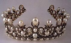 Empress Eugenie had this Pear parure made for her wedding to Napoleon III. Now at the Louvre,