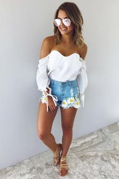 Cute Summer Outfits For Women And Teen Girls Casual Simple Summer Fashion Ideas. Clothes for summer. Summer Styles ideas Trending in Cute Concert Outfits, Edgy Outfits, Fashion Outfits, Outfits For Concerts, Pretty Outfits, Mom Outfits, Night Outfits, Everyday Outfits, Classy Outfits