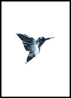 Poster met grafisch geometrisch motief van een vogel in grijze tinten. Een motief past bij modern en strak interieur en is erg mooi in een fotowand of kleinere collage. www.desenio.nl