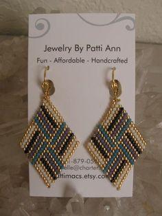 Cordón tejido pendientes de diamante  Copyright  Patti
