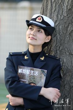 Female communication soldiers of Chinese Navy