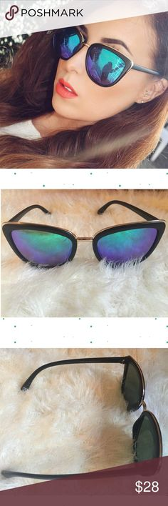 """Modern Black Cat Eye Sunnies w/ Blue Green Lens New Modern Black Cat Eye Sunnies w/ Blue Green Lens.  * Cat Eye Silhouette Frame  * Acetate Base Frame with Metal Brow Bar Trim * Colorful Reflective UV400 Protection Lens * Microfiber Bag Included (color will vary)  55mm(W) 49mm(H) 20mm(BR) 149mm Total Frame                                                              ❌TRADES ❌ LOWBALL OFFERS ✅ USE THE """"OFFER"""" LINK BELOW ✅ USE THE """"ADD TO BUNDLE"""" TO GET 15% DISCOUNT ON 2+ ITEMS Accessories…"""