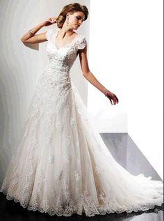 Lace Wedding Dress,wedding dresses,maternity wedding dress,plus size wedding dress ,discount Sophisticated Short Sleeves Vintage Lace Wedding Dress Shanna bridal gowns