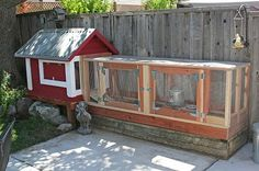 Small backyard chicken coop, Small Chicken Coop Designs & Pictures of Chicken Coops - BackYard Urban Chicken Coop, Small Chicken Coops, Cheap Chicken Coops, Portable Chicken Coop, Best Chicken Coop, Backyard Chicken Coops, Chicken Runs, Chickens Backyard, Backyard Poultry
