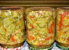 Sałatka na zimę z kapustą i ogórkami - wielowarzywna - przepis ze Smaker.pl Fresh Rolls, Guacamole, Cabbage, Mexican, Vegetables, Ethnic Recipes, Food, Veggies, Essen