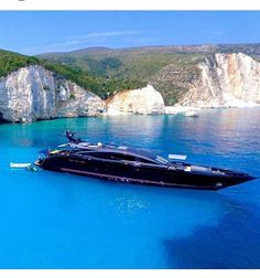 Fancy a change from the traditional white #superyacht design? #TransformYourYacht with #WGI