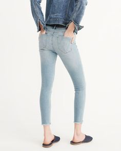 A&F Women's Low-Rise Ankle Jeans in RIPPED Blue - Size 29S