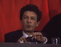 IlPost - Enrico Berlinguer nel giugno 1976. (Hulton Archive/Getty Images) - Enrico Berlinguer nel giugno 1976.  (Hulton Archive/Getty Images)