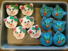 daniel tiger cupcakes | Katerina Kitty Cat and O the Owl cupcakes! | Daniel Tiger Party