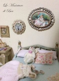 1/12 wall clock miniature - dolls house - hand made - shabby chic