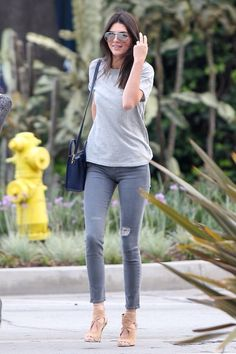 Basic outfit (Kendall Jenner) #basics #outfit #simple